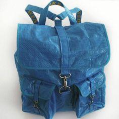 Люди делают одежду из 99-центовых сумок IKEA eb71cd144c95