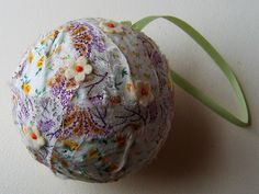 Fabric coated styro ball, Posy/