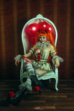 Custom made just for you!!!! <3 This costume is inspired by Wrens Fairy Realm Pennywise Doll from the new It movie. Includes: -Full corset with pom poms and arm cuffs. -Full circle skirt with attached lace underskirt -Belt with pom pom -Neck and wrist ruffle All of our items