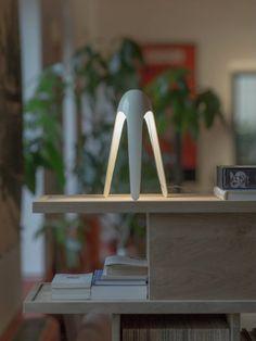 White futuristic table lamp | - KARIM RASHID'S NEW LAMP AT MAISON ET OBJET 2016 See more at: http://www.homedesignideas.eu/karim-rashids-new-lamp-maison-objet-2016/