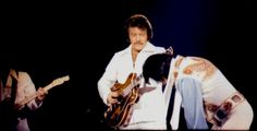Elvis on stage in Atlanta on June 6 1976. I went to this concert - it was great!!!!