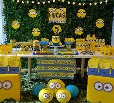 101 fiestas: 10 Ideas geniales para una fiesta de Los Minions Minions Birthday Theme, Minion Theme, Cool Birthday Cakes, First Birthday Parties, 4th Birthday, Pink Minion, Minions 4, Minion Candy, Minion Craft