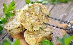 Serviettenknödel » Rezept mit Eischnee | SPAR Mahlzeit! Churros, Camembert Cheese, Potato Salad, Cauliflower, Potatoes, Vegetables, Ethnic Recipes, Food, Meal