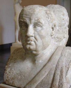 현재 독일 베를린의 페르가몬 박물관에 소장중인 세네카의 흉상(서기 3세기 작품). 앞면은 세네카이고 뒷면은 소크라테스다. 이는 자연인 세네카와 철학자 세네카를 상징적으로 표현하기 위한 것이다.