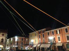 Leghiamo la città con un filo - installazione   Grido della Farfalla 2013    https://www.facebook.com/Ravenna2019