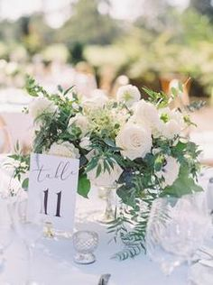 Classic and elegant wedding tablescape and centerpiece floral arrangement Outdoor Wedding Centerpieces, Outdoor Wedding Reception, Wedding Table Settings, Wedding Reception Decorations, Wedding Tables, Reception Ideas, Floral Wedding, Wedding Flowers, Blue Wedding