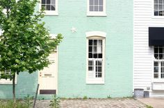 Photo by Amanda Jane Jones Green Exterior Paints, House Paint Exterior, Exterior Paint Colors, Exterior House Colors, Green House Paint, Mint Paint, Tiffany Green, Painted Cottage, Art Deco Home
