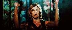 GIPHY is your top source for the best & newest GIFs & Animated Stickers online. Find everything from funny GIFs, reaction GIFs, unique GIFs and more. I Kill People, Gif Terror, Evil World, Female Character Inspiration, Fifth Element, Girl Fights, Milla Jovovich, Girl Gifs, Zombie Apocalypse