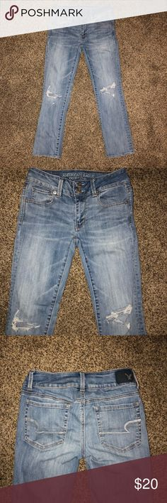 American Eagle Crop Jeans American Eagle Crop Jeans | Size: 2 Regular | Style: Artist Crop American Eagle Outfitters Jeans Ankle & Cropped