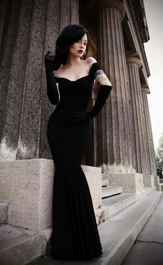 Gorgeous black body fitting gown with matching gloves...sexy and stylin'|For more goth love, click here--> https://www.pinterest.com/thevioletvixen/goth-love/