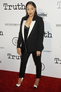 From sharp black and white looks that seemed to dominate to playful moments with color and texture, these are the leading ladies of style this week. Tamera Mowry, Top Show, Up Girl, Nice Dresses, Celebrity Style, Celebs, Blazer, Costumes, Suits