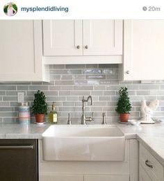 21 the nuiances of kitchen ideas backsplash tile 08 - 221 Recipes Kitchen Dinning, Kitchen Redo, Kitchen Tiles, Home Decor Kitchen, Kitchen Interior, Home Kitchens, Kitchen Remodel, Kitchen Cabinets, Updated Kitchen