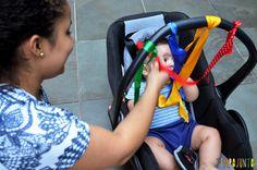 Estimular a visão e o tato do bebê antes dos 6 meses