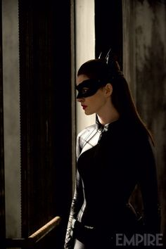 anne-hathaway-catwoman-the-dark-knight-rises.jpg (532×800)