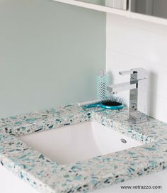 Recycled glass vanity countertops are one of 8 cool glass products featured for a contemporary bathroom in this article. The post 7 ½ Crystal-Cool Ways to Use Glass in a Contemporary Bathroom appeared first on Dekoration. Beach House Bathroom, Bathroom Wall Decor, Small Bathroom, Bathroom Ideas, Glass Bathroom, Bathroom Towels, Coastal Bathrooms, Beach Bathrooms, Beach Cottage Style