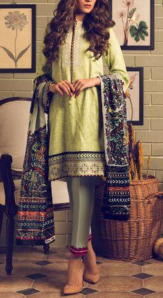 Pakistani women's winter dresses in usa, canada and uk. Pakistani Couture, Pakistani Outfits, Indian Outfits, Winter Dresses, Casual Dresses, Desi Clothes, Indian Clothes, Indian Wear, Indian Attire