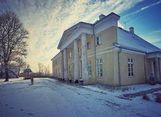 Eestissä mansionissa  1/2016