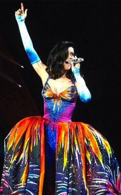 The Prismatic World Tour was the most amazing thing ever! Katy was absolutely amazing ❤️