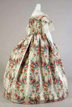 Printed evening dress, American - c. 1860