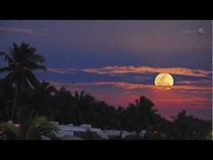[VIDEO] The Super Moon of May 2012 - http://www.scoop.it/t/science-news/p/1715948072/video-the-super-moon-of-may-2012
