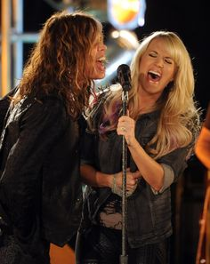 Carrie Underwood - Steven Tyler and Carrie Underwood Rehearse for the Superbowl