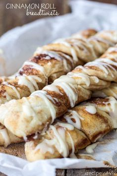 Cinnamon Roll Breadsticks