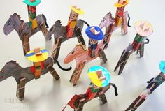 Carton Giddy Up a Gogo Cowboys.fun craft for kids. Diy Arts And Crafts, Diy Crafts For Kids, Projects For Kids, Craft Kids, Diy Niños Manualidades, Clothespin Art, Camping Crafts, Toy Craft, Painting For Kids