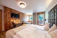 Aktivurlaub in Osttirol: Dolomiten Residenz****s Sporthotel Sillian - Beautiful Hotels, Most Beautiful, Hotel Gast, Rooms, Furniture, Home Decor, Vacations, Bedrooms, Interior Design