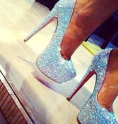 Shop the Christian Louboutin Shoes collection, handpicked and curated by expert stylists on Poshmark. Dream Shoes, Crazy Shoes, Cute Shoes, Me Too Shoes, Shoe Boots, Shoes Heels, High Heels, Sparkly Shoes, Glitter Shoes