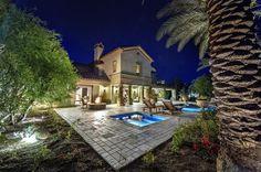 Przepiękny dom Sylvestra Stallone - urządzony w stylu prowansalskim. Aktor chce go sprzedać za 16 mln złotych