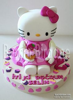 Hello Kitty 3D Cake by burcinbirdane, via Flickr 3d Cake Tutorial, Hallo Kitty, Hello Kitty Cake, Sculpted Cakes, Cookie Tutorials, 3d Cakes, Unique Cakes, Novelty Cakes, Fancy Cakes