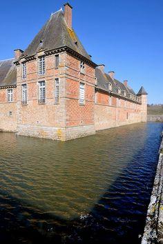 Châtelet du Château de Carrouges | Orne, Basse-Normandie | France