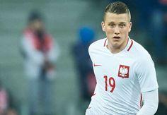 Ripercorriamo la carriera di Zielinski, conosciamo meglio il nuovo giocatore del Napoli e scopriamo i dettagli della trattativa per il suo…