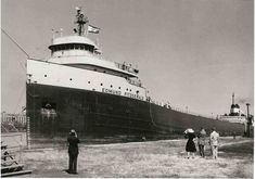 The Edmund Fitzgerald was the largest ship on the Great Lakes when she was launched. Description from d-jonesy.livejournal.com. I searched for this on bing.com/images