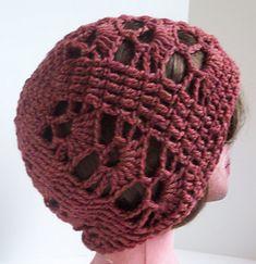 Free Crochet Pattern Download: Savin Hill Hat. http://www.ravelry.com/patterns/library/savin-hill-hat
