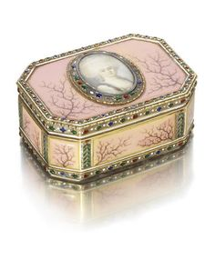 A 19th century Continental gold and enamelled snuff box with later French marks