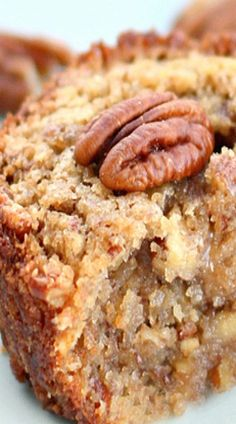 Pecan Pie Muffins - we bet these would be over the top with Rodelle vanilla extract! Pecan Pie Muffins - we bet these would be over the top with Rodelle vanilla extract! Pecan Recipes, Sweet Recipes, Baking Recipes, Cake Recipes, Dessert Recipes, Dessert Bread, Sausage Recipes, Cookbook Recipes, Yummy Recipes