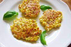 Light Corn Fritter Recipe Weight Watchers, 39 calories, per fritter) Corn Fritter Recipes, Corn Recipes, Side Dish Recipes, Snack Recipes, Cooking Recipes, Healthy Cooking, Healthy Snacks, Healthy Recipes