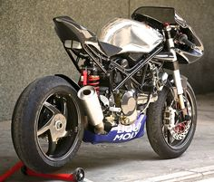 RAD 02 Wildcat by Radical Ducati | Moto Rivista