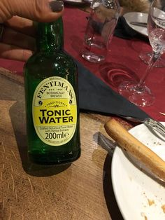 Tonic Water, Gin And Tonic, Herbal Extracts, Water Crafts, Whiskey Bottle, Brewing, Herbalism, Drinks, Food
