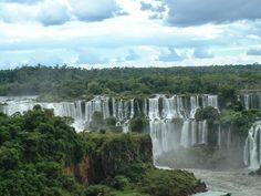 Tre intorno al mondo: Due giorni alle cascate di Iguaçu. Brasile e Argen...