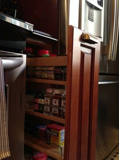 Spice drawer / Kitchen design {Apple a Day Beauty}