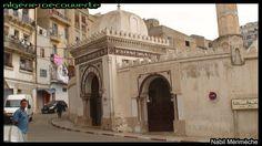La Mosquée du Pacha est l'un des plus anciens monuments de la ville d'Oran, elle à été construite en 1797, sous le règne du bey Mohamed El-Kébir, sur ordre de pacha Baba Hassan.