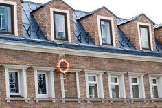 the facade of the building - Aleksei lomanov