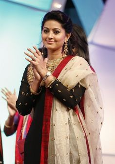 Sneha Cute New Photo Gallery