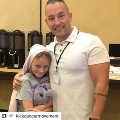 Kayce is so inspirational and our youngest Tribe member. Got to meet her today at @kickcancermovement  @civilizedcaveman with his #1 fan and a #KICKcancER kid Kayce  Thanks for keeping it real George!!!