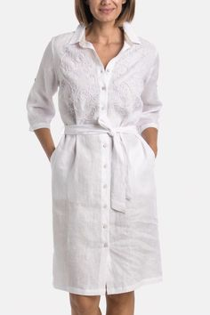 White linen shirt style dress, with fabric belt to match, embroidered details, classic shirt collar and length sleeves. White Linen Shirt, White Linen Dresses, Sunset Party, Camisa Formal, Shirt Dress, Boho, My Style, Tutorial Crochet, Sleeves