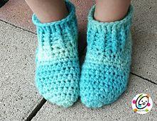 Big Kids Happy Feet Slippers pattern by Heidi Yates