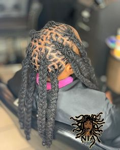 JUMBO BRAIDS 🔥🔥🔥🥓🥓🥓WE WILL BE IN ATLANTA JULY 12th-14th 🤘🏽🔥❗️❤️ #ATLLOCS #ATLANTA ATLLOCEXTENSIONS #ATLANTALOCS GO BOOK WE WILL ONLY BE… Dreads Styles, Jumbo Braids, Locs, Atlanta, Winter Hats, Instagram, Goddess Braids, Braided Pigtails