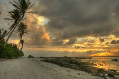 Maupiti Sunrise | by SF Brit
